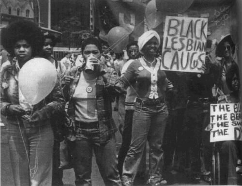 Vintage ebony lesbians