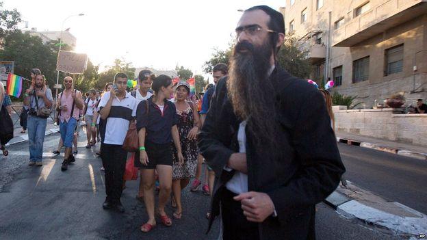 Jerusalem Gay Pride Parade Attack 01