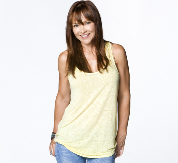 neighbours-carla-bonner-steph-scully