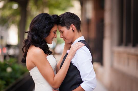 lesbian-wedding-06