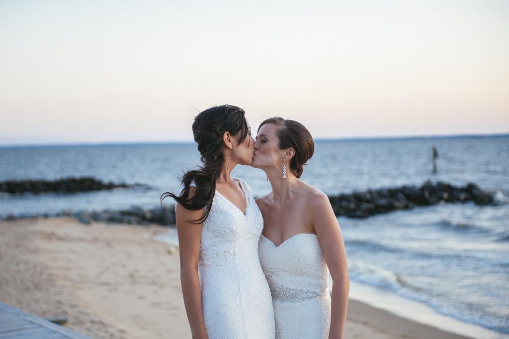 lesbian-wedding-19