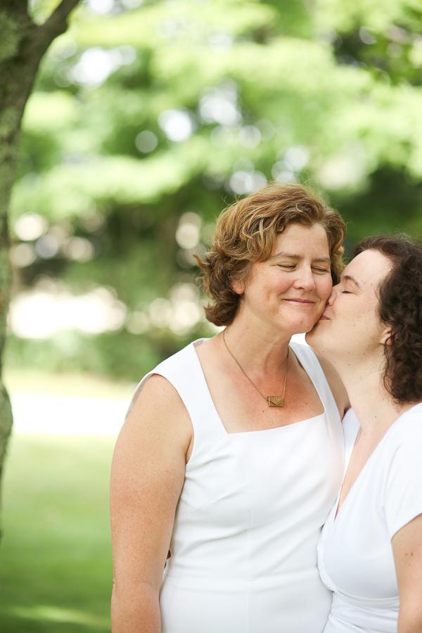 lesbian-wedding-27