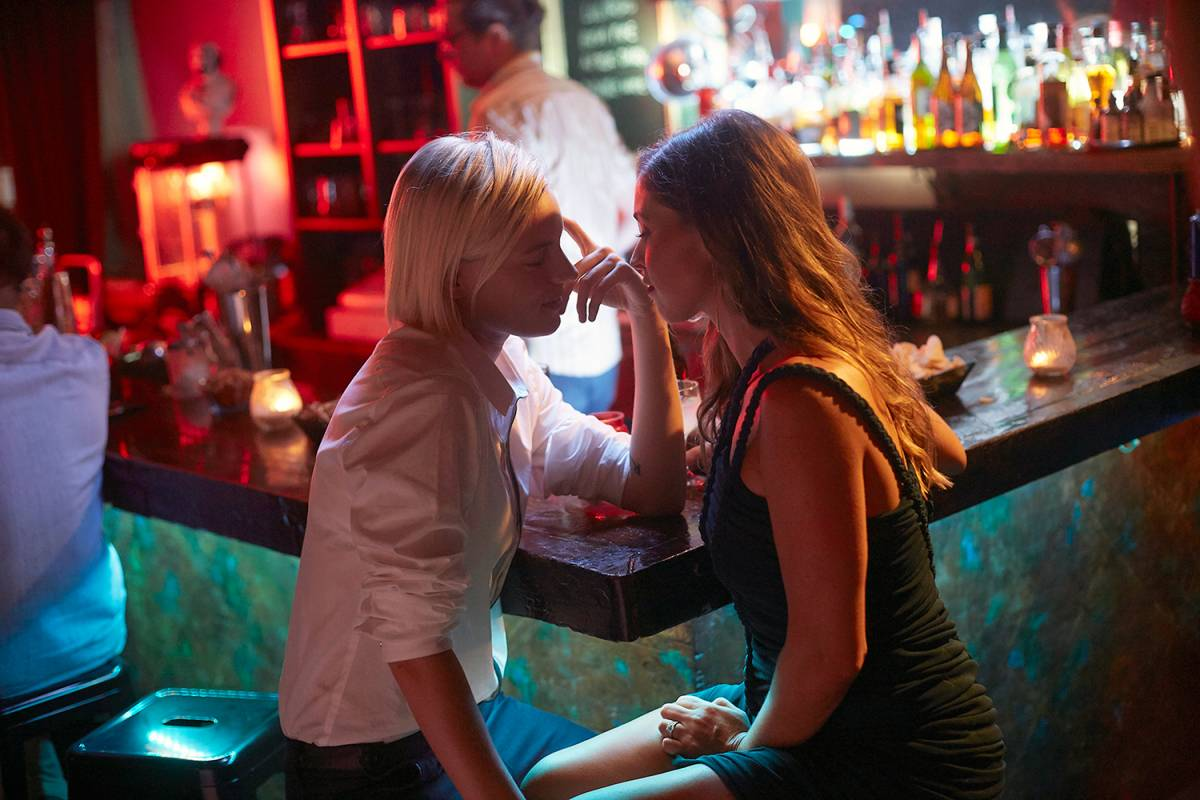 How Below Her Mouth Gets Lesbian Sex Scenes Right Kitschmix